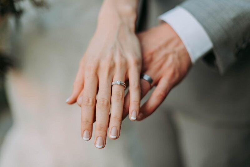 Tervezze meg álmai karikagyűrűjét