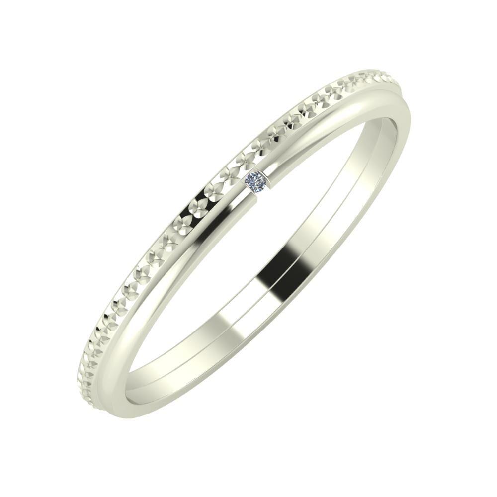 Ági - Adalind 2mm 18 karátos fehér arany karikagyűrű